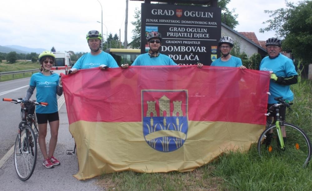 368 kilométert tekertek Dombóvártól Ogulinig