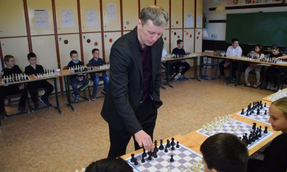 Szellemi sporttal fejlesztik a gyerekek tanulási képességeit