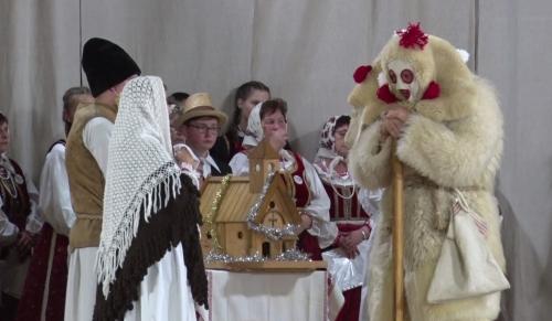Énekeltek és betlehemes játékot mutattak be a székelyek