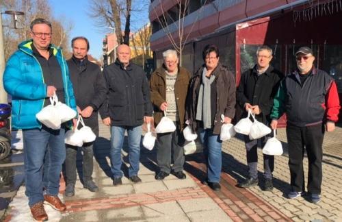 A Természetesen Dombóvár nem hagyja éhezni a nyugdíjasokat!